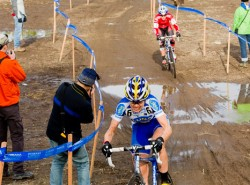 Leading Katie Compton at 2010 Cyclocross National Championships.